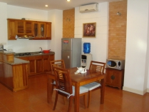 1 big bedroom apartment for rent in Truc Bach area