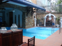 Very nice villa for rent in To Ngoc Van street